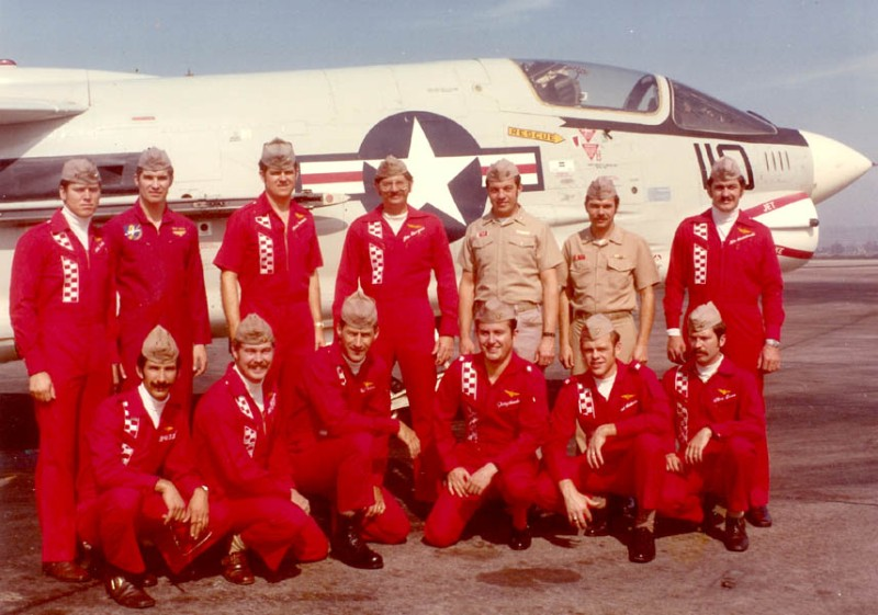 VF-211 crew, bottom 3rd left is Terry Appelgate.